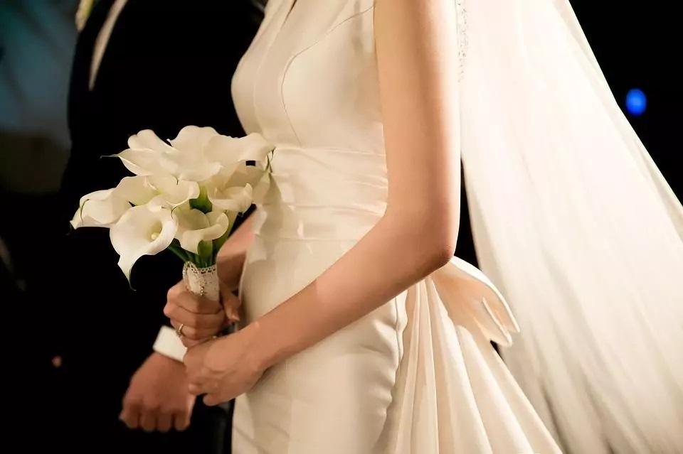Ženich opustil nevěstu okamžitě po svatbě 3
