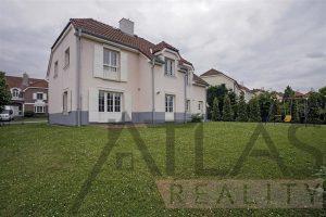"""Exterior - Rent of 4 BD family house type """"C"""" Prague 6 - Nebusice Mala Sarka"""