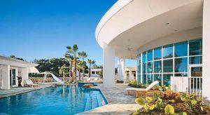 americký herec John Travolta sídlo na soukromém letišti Ocala, Florida