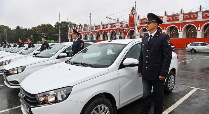 Kalugští policisté dostali 60 nových služebních automobilů 2