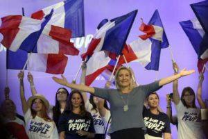 Francouzská krajně pravicová vůdkyně Marine Le Penová