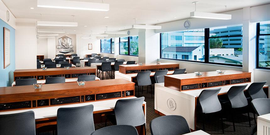 Akademie kde se dodávají Scientologické kurzy - Scientologická církev Los Angeles