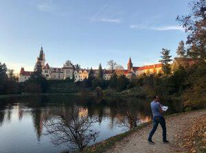 Tipy na podzimní procházku v okolí Prahy - Průhonický park